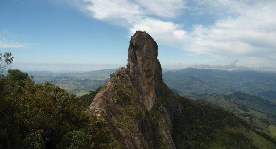 MONA - Pedra do Baú - Vista do bauzinho